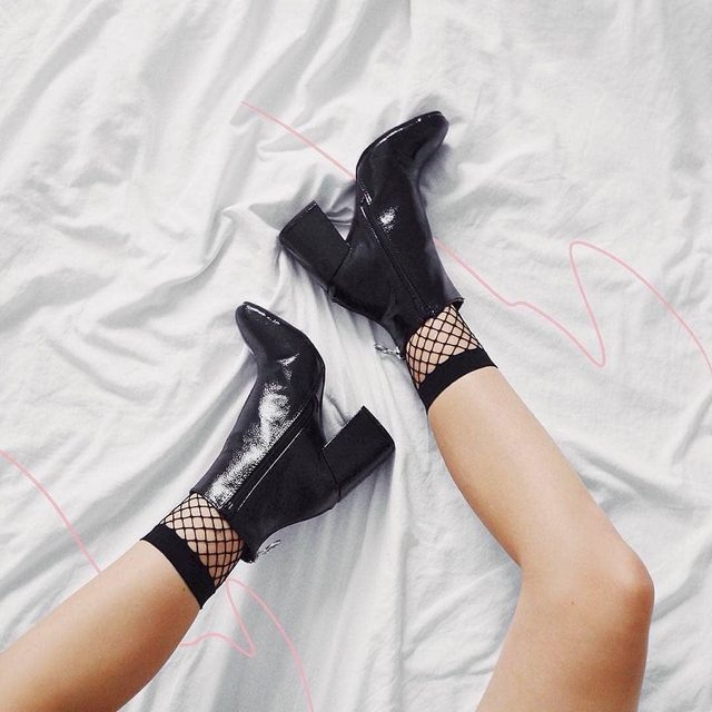 Shoes wisely ☔️💕 @lya2853 wearing the Patent Block Heel Ankle Shoe Boots (🔍 DZZ42854). #BOOHOObabes