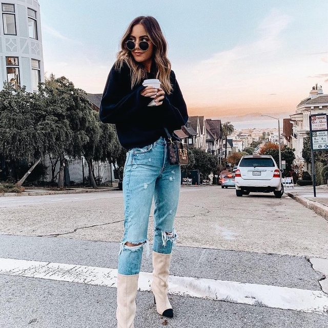 you know you want them. @stephweizman in the Depp Boot #rayeallday